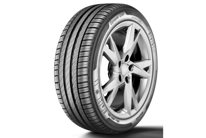 Gomme Nuove Kleber 245/45 R19 102Y DYNAXER UHP XL pneumatici nuovi Estivo